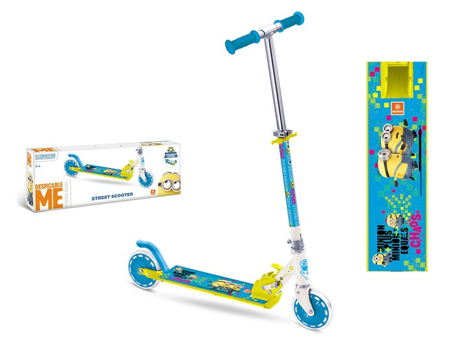 28132 - MINION SCOOTER